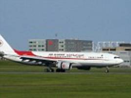 Algerian airline Air Algerie 'loses contact' with plane after it disappears off radar