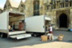 Wolf Hall, starring Damian Lewis, films at Gloucester Cathedral...